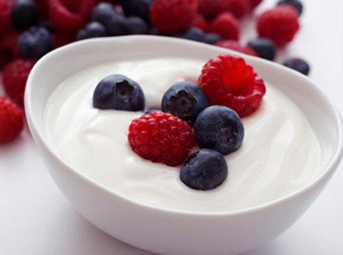 Probiotic có hương vị dâu rừng thơm ngon