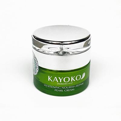 Kem chống nắng Kayoko Pearl Cream màu xanh